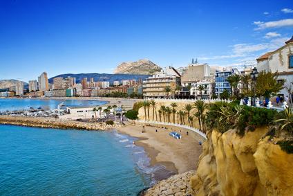 Will man die schönsten Küstenregionen Spaniens besuchen, dann ist die Costa del Sol, die Mittelmeerküste der Provinz Andalusien, immer ein gefragtes Ziel bei Urlaubern.