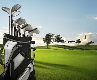 Ein Golfplatz in Spanien