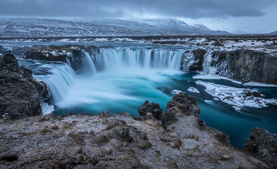 Einzigartiges Island: Eine traumhafte Winterreise durch das Land der Gletscher und Geysire